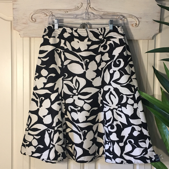 Chico's Dresses & Skirts - Chico's Printed Silk Skirt, Size XS